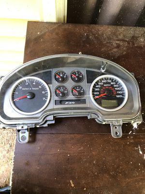 2004 04 Ford F150 FX4 Truck Speedometer Cluster 4L34-10849-CN En fuel pump assy for Sale in Centreville, VA