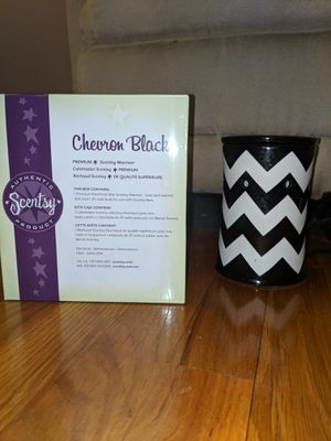 Large Scentsy warmer for Sale in Middleburg Heights, OH