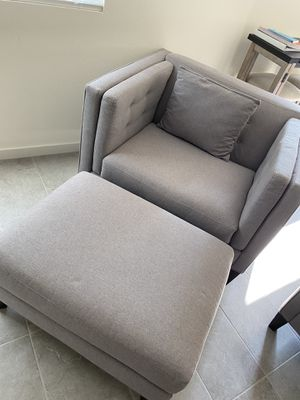 Couch/Coffee Table Set for Sale in Winchester, CA