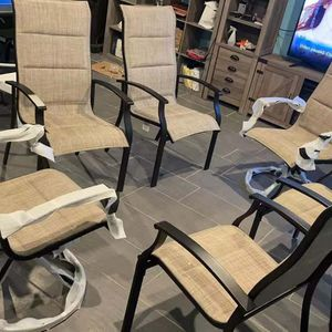 New Set Of 6 Outdoor Chair for Sale in Chicago, IL