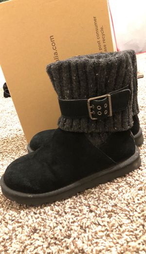 Ugg Cambridge Boots size 5 for Sale in Cedar Hill, TX