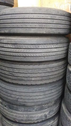 Used tires 295/75/22.5 for Sale in Carson, CA