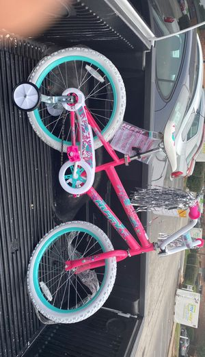 New Girl bike for Sale in St. Louis, MO