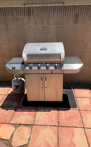 Char-Broil Commercial Series 4-Burner Gas Grill for Sale in Santa Ana, CA