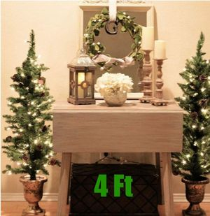 Set of 2 Christmas Trees Potted 4 Ft Prelit with Pinecones Fireplace Decor Entry Topiary Holiday for Sale in Los Angeles, CA