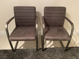 Two gray chairs for Sale in Miami, FL