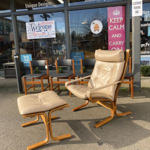Vintage Ekornes Lounge Chair And Ottoman for Sale in Milwaukie, OR