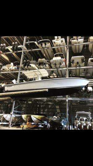 2002 28 whitewater Cummins 5.9 diesel for Sale in SUNNY ISL BCH, FL