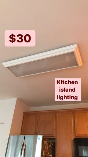 Kitchen island lighting , good condition for Sale in Chantilly, VA