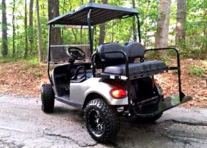 ForSale$1OOO EZ-GO TxT 2O17 electric golf cart for Sale in Chicago, IL