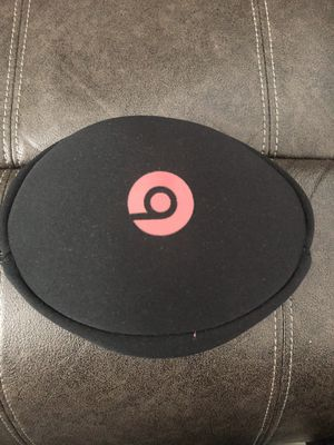 Beats solo headphones for Sale in Schenectady, NY