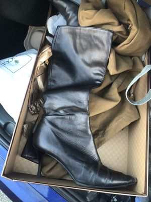 Gucci knee high boot size 9.5 for Sale in Miami, FL