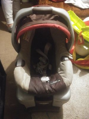 Baby car seat for Sale in Topeka, KS
