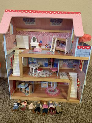 Doll House for Sale in Issaquah, WA