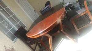4 Seater Kitchen table for Sale in Gardena, CA