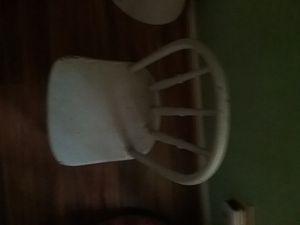 Vintage child's chair for Sale in Sanford, FL