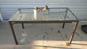 5' Kitchen table for Sale in South Gate, CA