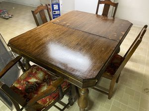 Beautiful antique table with 4 chairs for Sale in Northville, MI