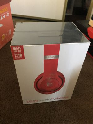 Beats Studio 3 Headphones RED for Sale in Los Angeles, CA