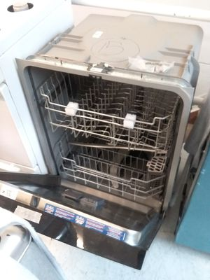 Ge dishwashers new scratch and dents good condition 6 months warranty 🔥🔥 for Sale in Mount Rainier, MD
