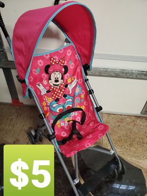 MINNIE MOUSE STROLLER $5 for Sale in Corona, CA