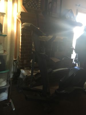 Elliptical machine in great condition for Sale in Virginia Beach, VA