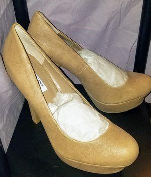 9 1/2 Tan heels by Jennifer Lopez for Sale in Wichita, KS