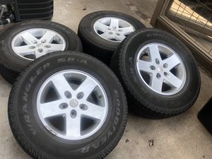 Goodyear tires Jeep Rims for Sale in Houston, TX