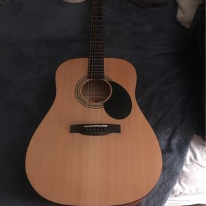 Acoustic guitar for Sale in Merced, CA