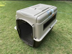 Plastic pet kennel or crate for Sale in Wylie, TX