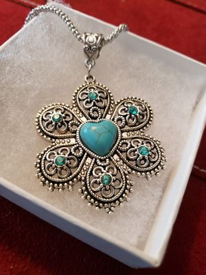 Antiqued silver flower w/turquoise heart middle for Sale in Leesburg, FL