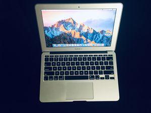 """Apple MacBook Air 11"""" for Sale in San Diego, CA"""