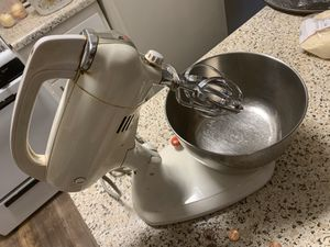 Kitchen aid mixer for Sale in Carmichael, CA