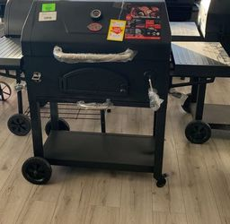 CHAR GRILLER 2190 LEGACY CHARCOAL GRILL JVUNC for Sale in Houston,  TX