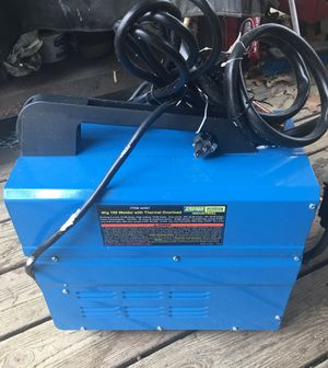 Chicago electric welding system 90 amp flux wire #44567 for Sale in GILLEM ENCLAVE, GA