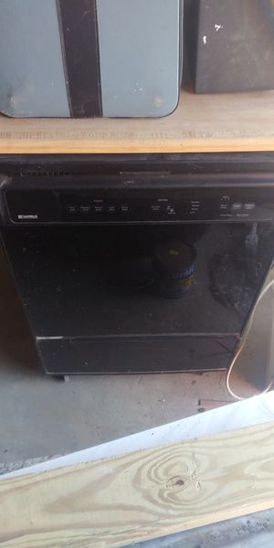 Kenmore dishwasher early 2000 model runs nice for Sale in ARSENAL, PA