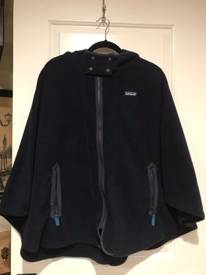 Brand new Patagonia poncho navy blue for Sale in West Springfield, VA