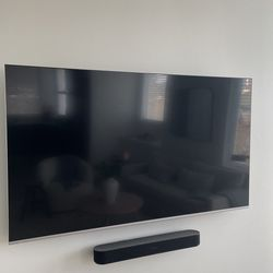 VIZIO 65-Inch Smart TV with wall mount for Sale in Seattle,  WA