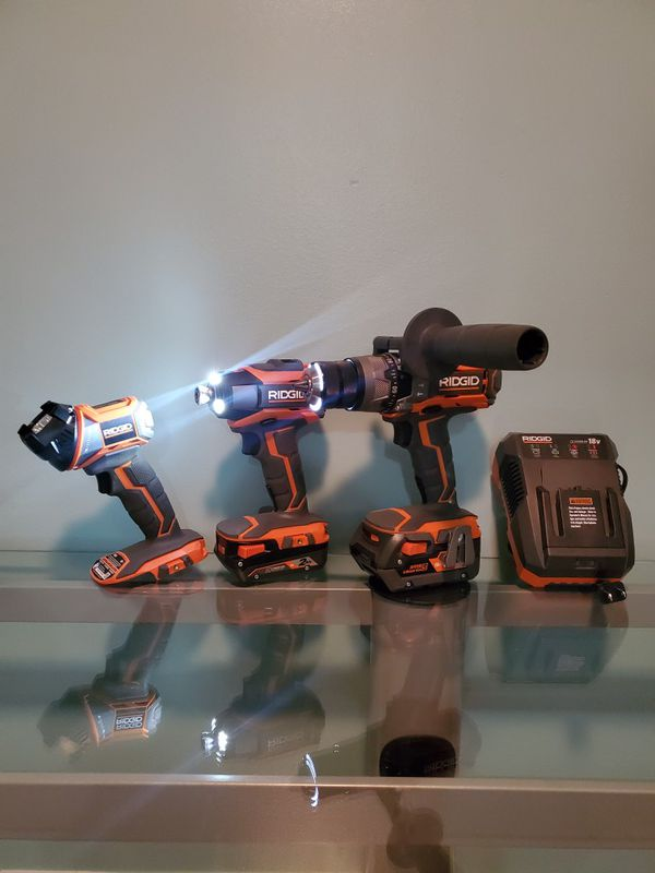 Combo ridgid w/ flash light bonus