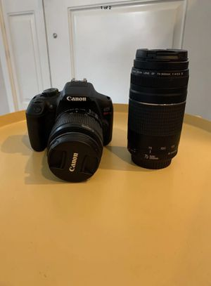 Canon rebel t6 eos bundle with extra lens for Sale in Whittier, CA