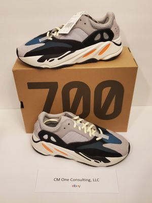 Adidas Yeezy Boost 700 Wave Runner B75571 Size 10 for Sale in Lutz, FL