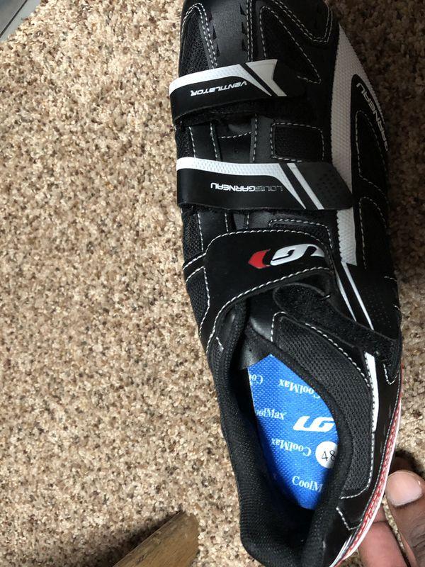 Fuji Roubaix with Biking Shoes/Cleats