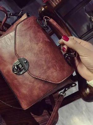 Cross body Vintage Leather bag. for Sale in Germantown, MD