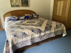 King 3 piece Bedroom Set for Sale in Cooperstown, PA