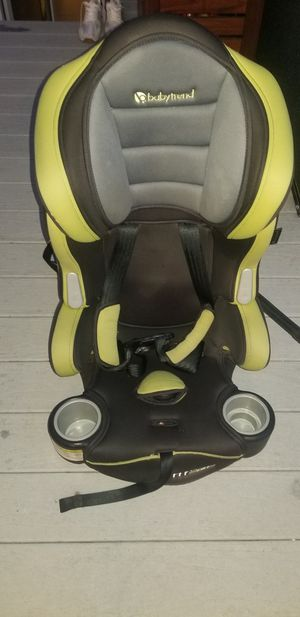 Baby trend toddler hybridcar seat for Sale in Queens, NY