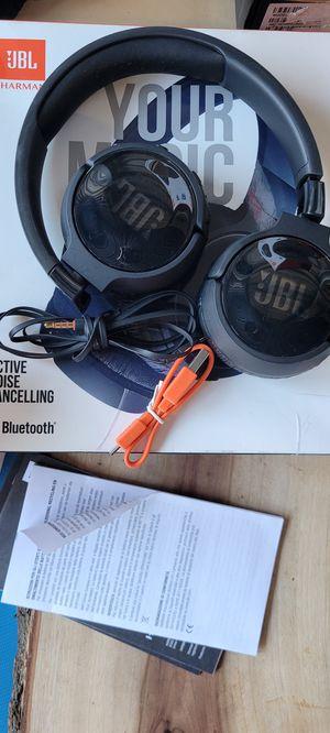JBL Wireless Bluetooth Headphones - Tune 600BT- Black - for Sale in Riverside, CA
