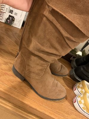 Girls boots for Sale in Bakersfield, CA