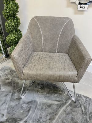 Modern leather accent chair for Sale in North Miami, FL