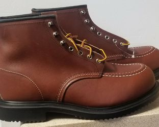 NWOT Red Wing Moc Toe 8249 Size 11 for Sale in Telford,  PA