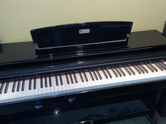 William electric piano for Sale in Bellflower,  CA